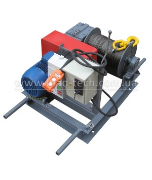 Electric winch 0.3tn 150m